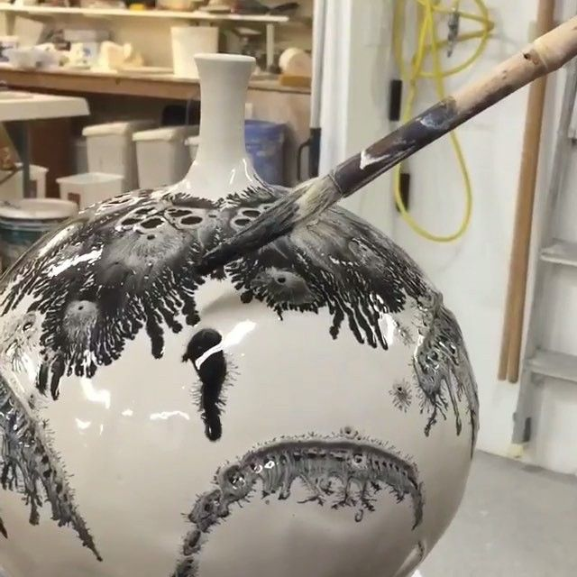 Pottery glazing using mocha diffusion with brothersware for Clay pot painting techniques