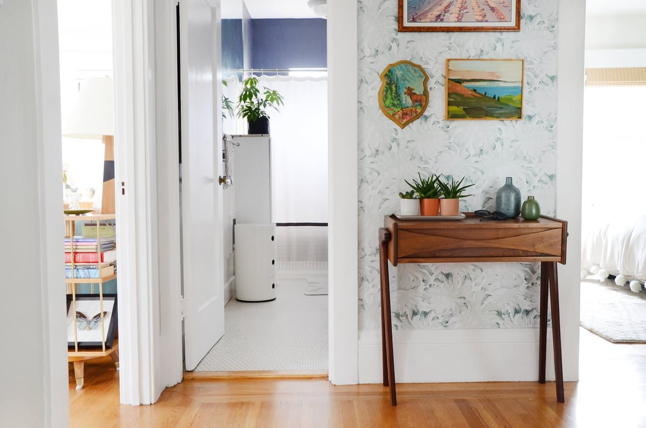 Remarkable Two Roommates Share A Small Stylish Dutch Apartment Largest Home Design Picture Inspirations Pitcheantrous