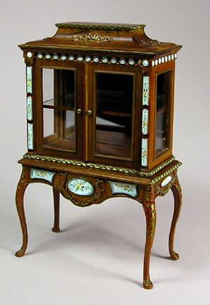 Victorian Doll House Furniture, But In Real Size I Want.