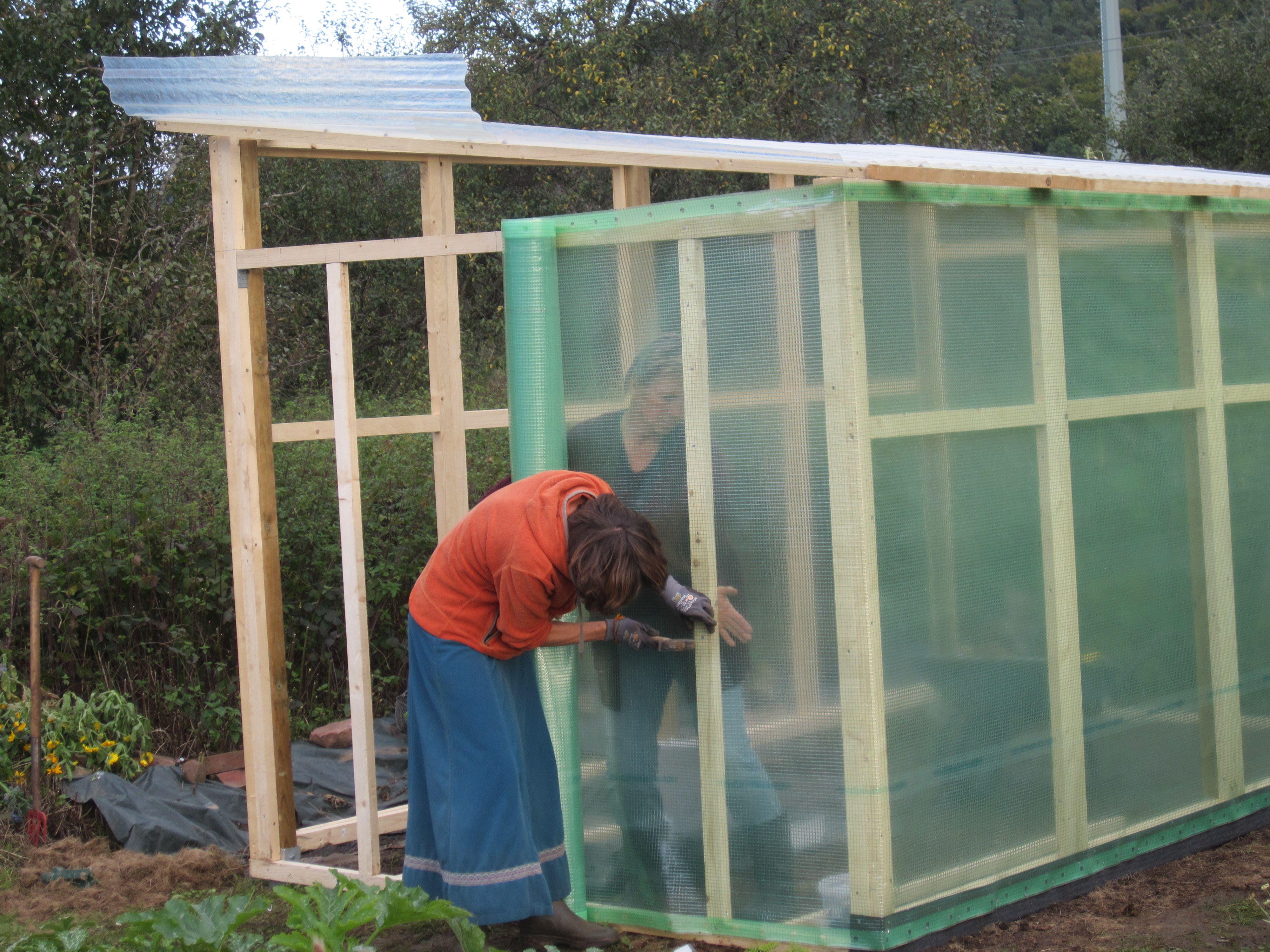 ein tomatenhaus selber bauen tomatenhaus selber bauen pinterest tomaten haus haus und. Black Bedroom Furniture Sets. Home Design Ideas