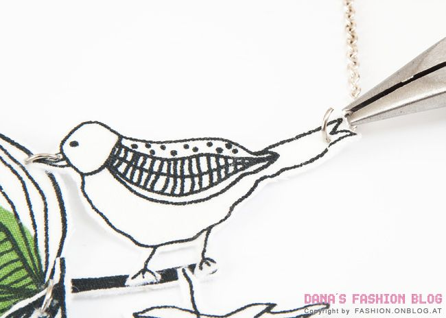 Jewelry DIY Tutorial: Necklace with Fabric Birds DIY - Outfits, Shoes & Accessories Dana's Fashion Blog