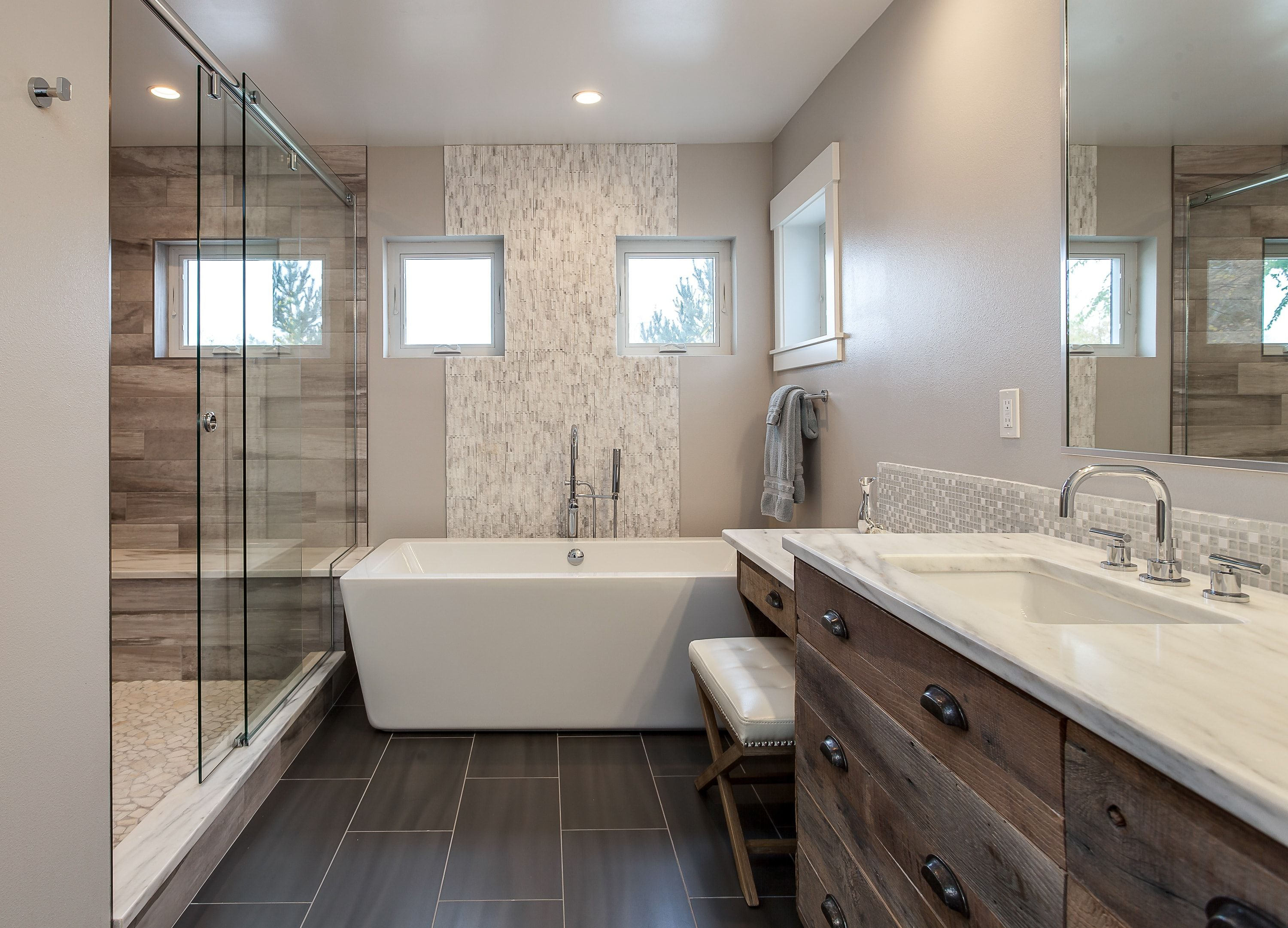 1487a63cf91 Master bathroom design ideas that range from traditional to modern and show  a variety of designs.