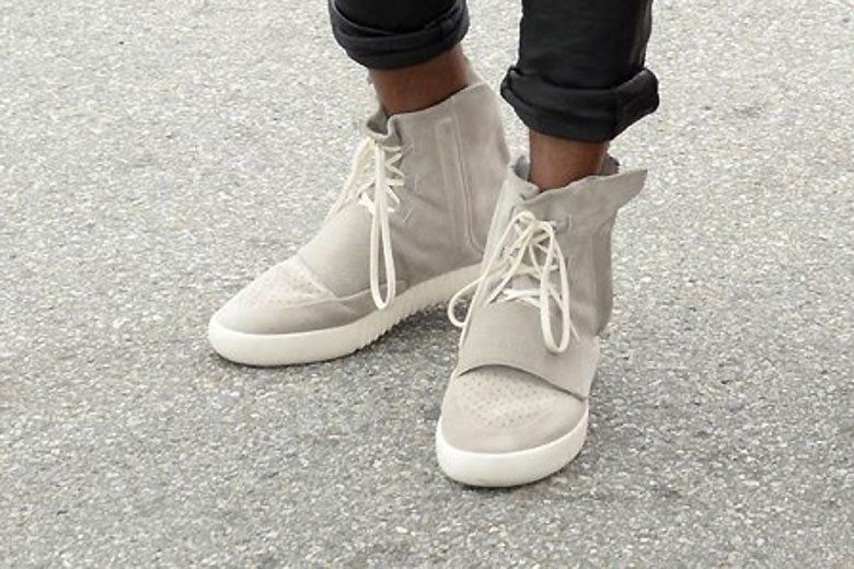 Kanye West Is Seen In His New Adidas Yeezy 750 Boost Adidas Yeezy 750 Boost Kanye West Adidas Yeezy Adidas Yeezy Boost