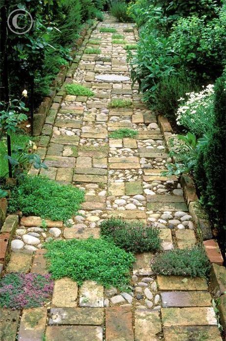 32 Natural And Creative Stone Garden Path Ideas ...