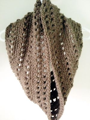 It's Our Pinteresting Life : The Heidi Cowl - A Tutorial