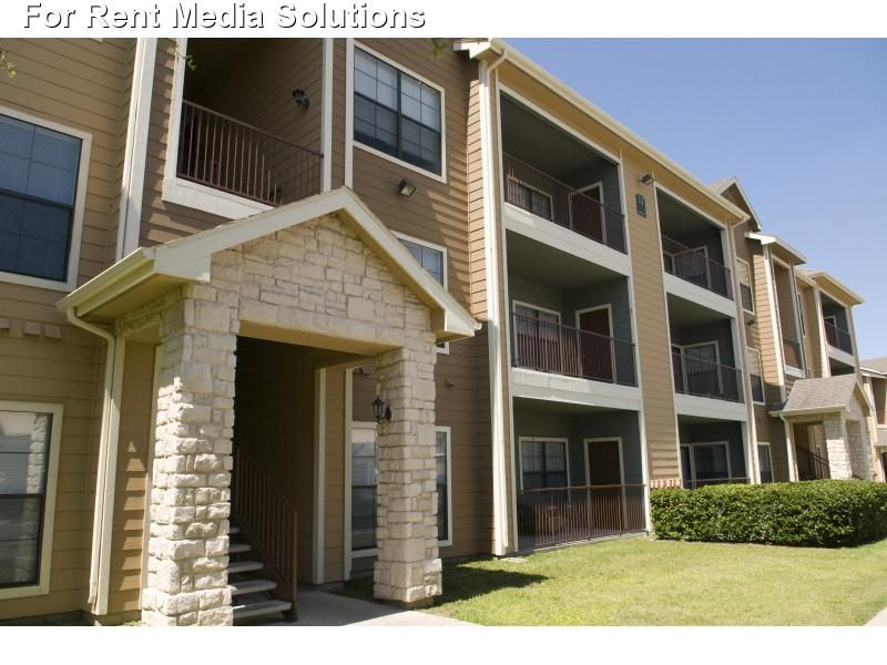 Waters At Bluff Springs Apartments Apartments For Rent In Austin Texas Apartment Rental And Commu Texas Apartments Apartments For Rent Apartment Communities