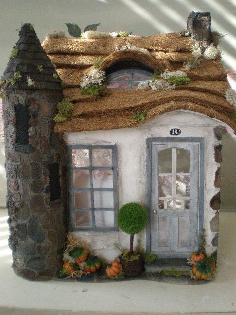 Cinderella S Fairytale Thatch Roof Cottage Dollhouse