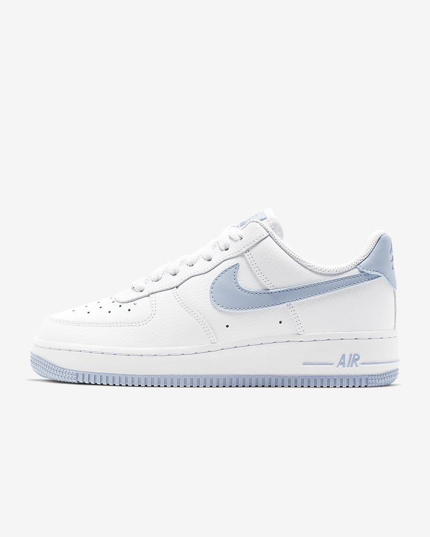 Nike Air Force 1 '07 Ess Sneaker For Women , Sky Blue Size