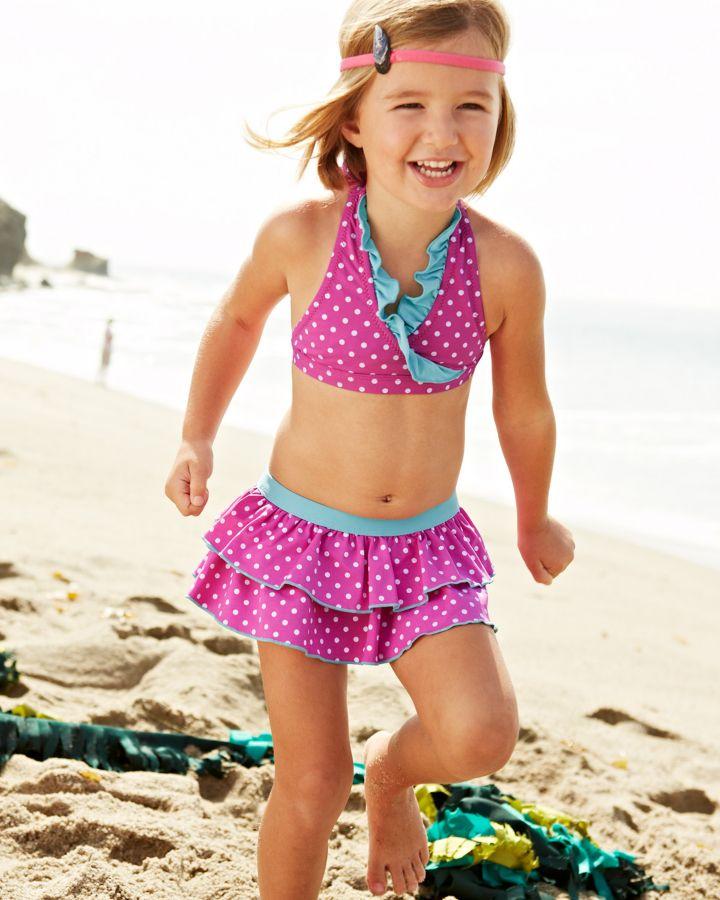 little-girl-loses-bikini
