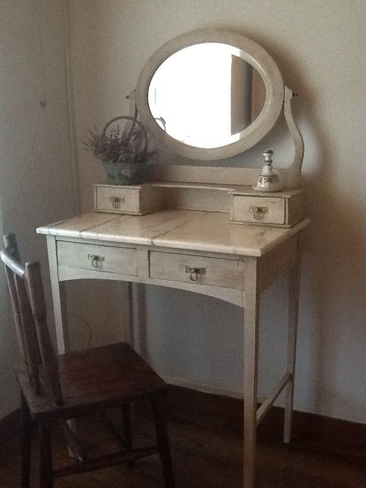 Tocador Antiguo Vintage Pinterest University Bedroom Bedroom