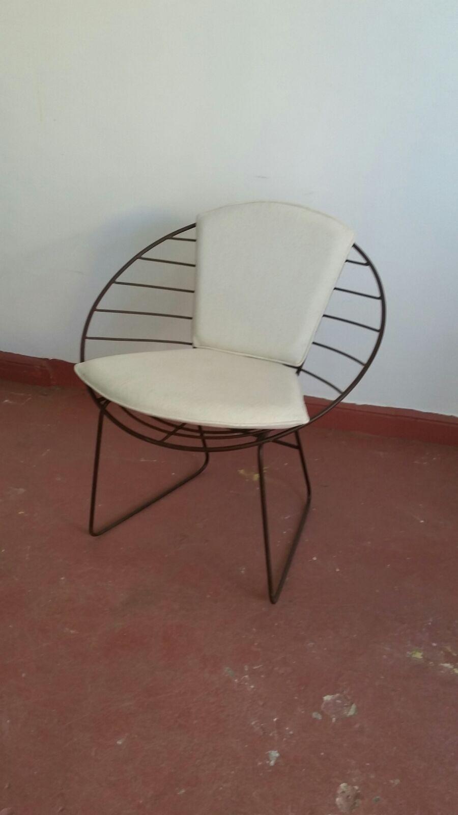 Fauteuil en en fer rond avec un style moderne, mobilier d ...
