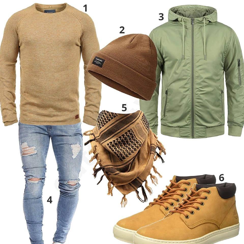 Beiges Herbst Herrenoutfit mit hellgrüner Jacke | Outfit