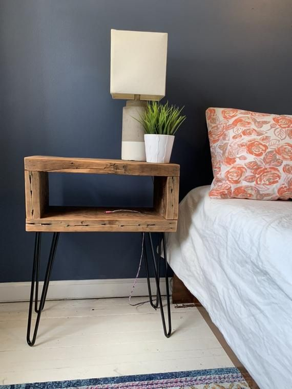 Rustic reclaimed wood end table / nightstand with black metal hairpin legs