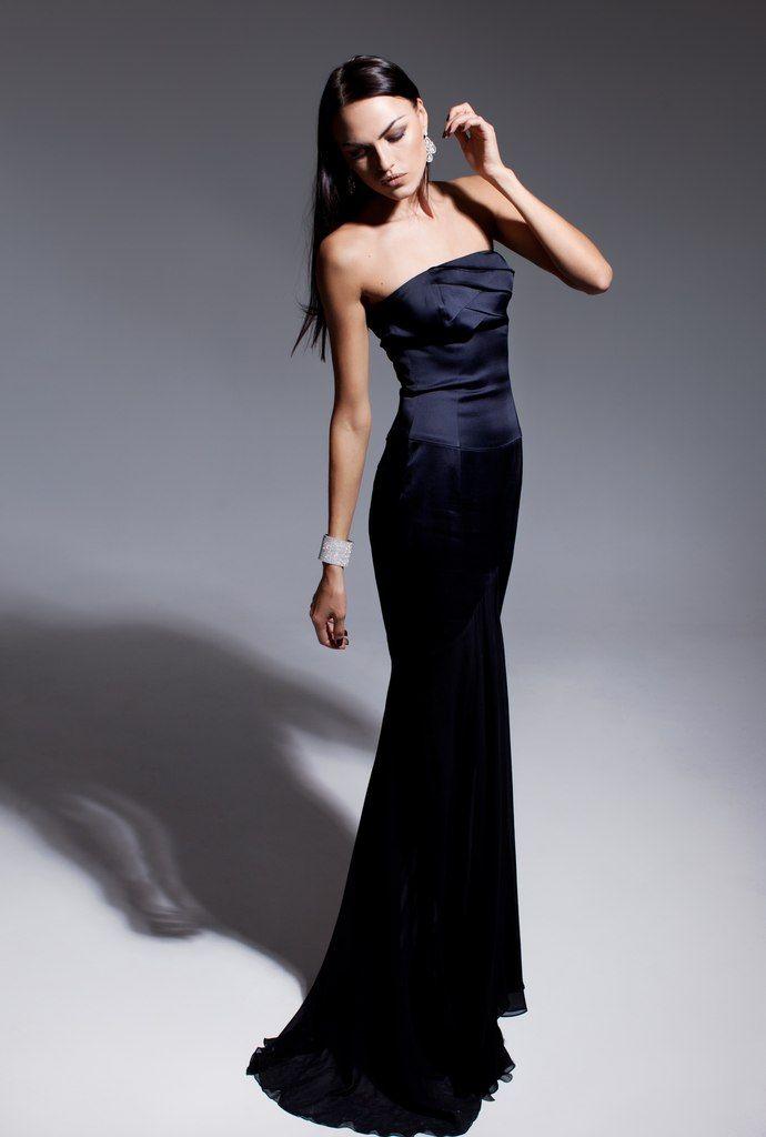 здесь смешанная, позы для фотосессии в длинном платье стоя этого, пожалуй, самого