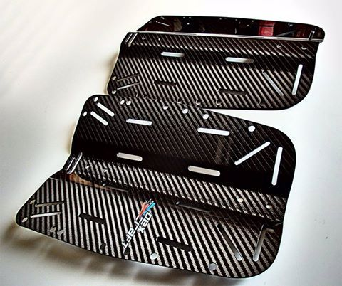 Dexcraft is working as one of the top most suppliers that not only designs but also manufacture high performance carbon fiber composite products for the automotive industry and racing cars. We uses only the highest-grade carbon fiber raw material in all its products.