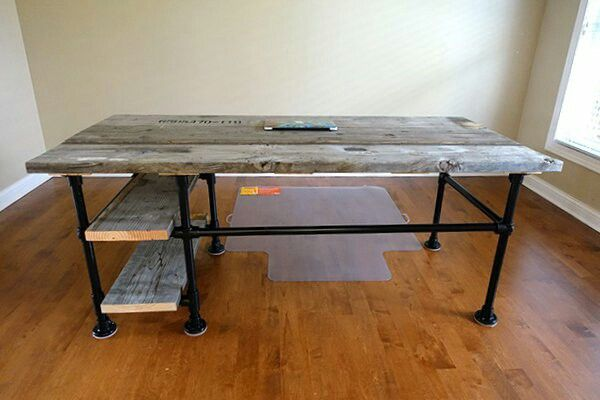 Pallet And Pipe Desk