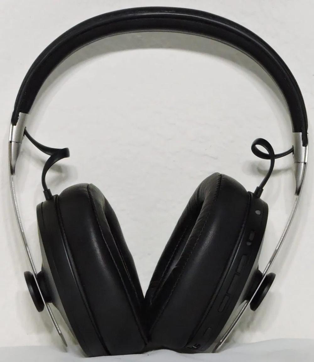 Sennheiser Momentum 3 Bluetooth Wireless Headphones Noise Cancellation Black Mic In 2020 Wireless Headphones Sennheiser Momentum Bluetooth Headphones Wireless