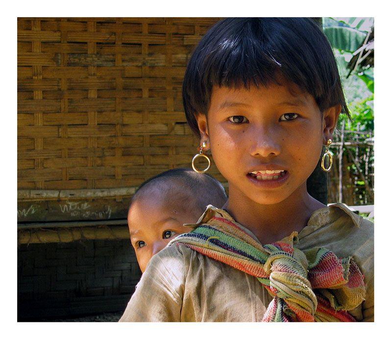 Lao child - muang ngoi, Phongsali