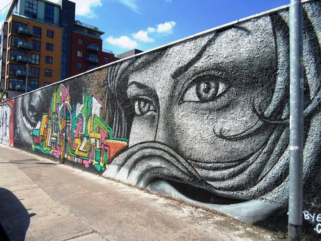 U2 graffiti wall location - U2 Graffiti Wall Dublin