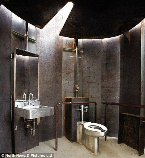 The world 39 s 10 best public toilets revealed industrial for Best bathrooms ever