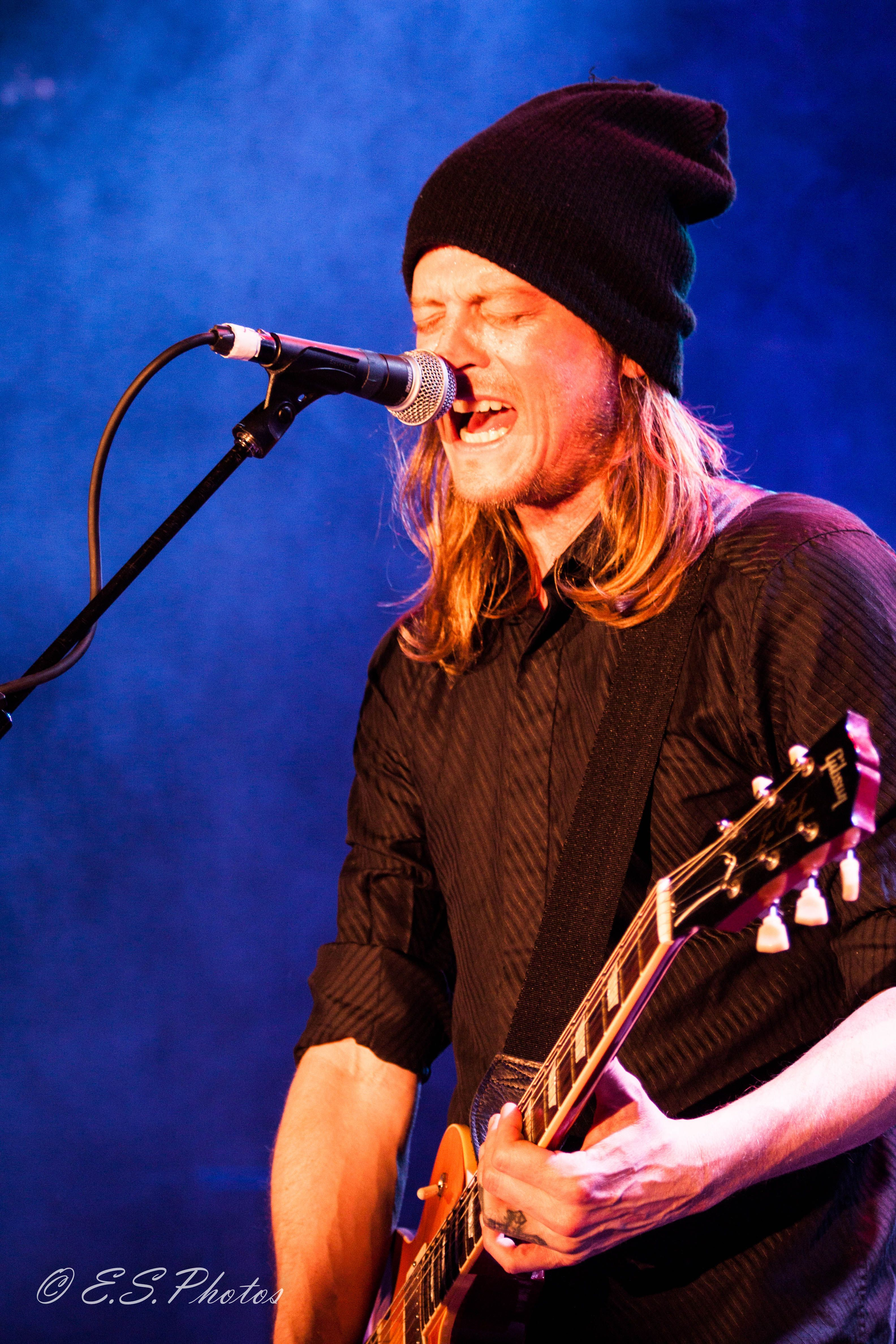 wes scantlin puddle of mudd one of my fave bands so glad we got