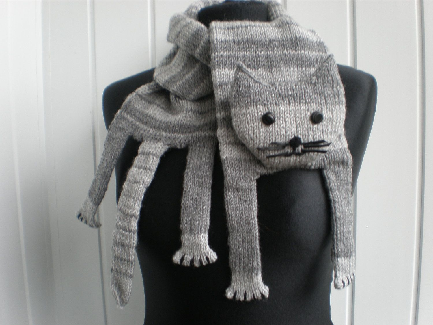 Hand-knitted grey cat scarf   Cat scarf, Grey cats and Scarves