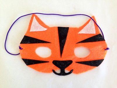Felt tiger mask, mask tutorial, how to make a tiger mask, easy tiger costume, kids tiger mask, how to make a tiger mask