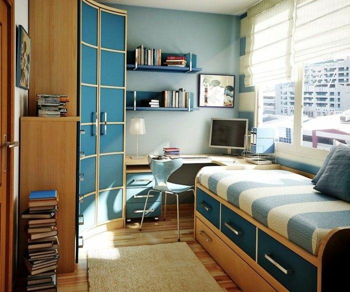 Kinderzimmer Junge Blaue Wand Weiße Zimmerdecke Eckschrank Holz Teppich  Parkett Bett Bettkastem