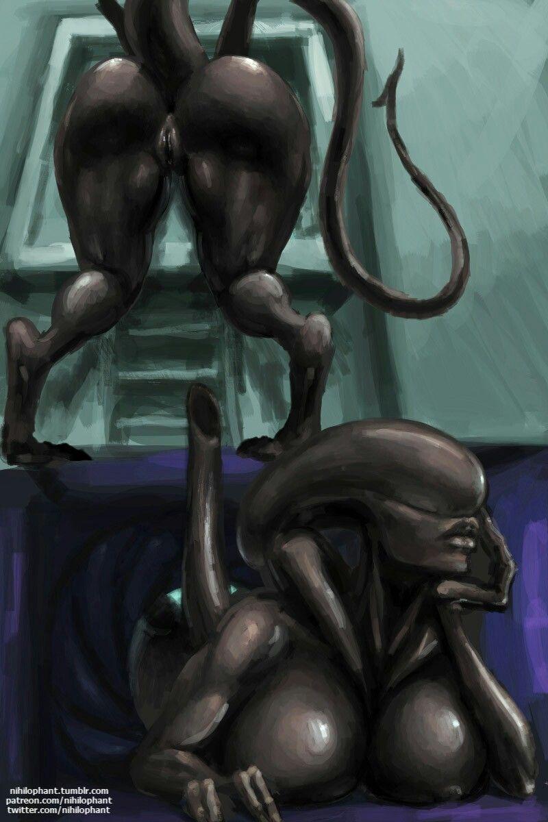 Nude alien females #2