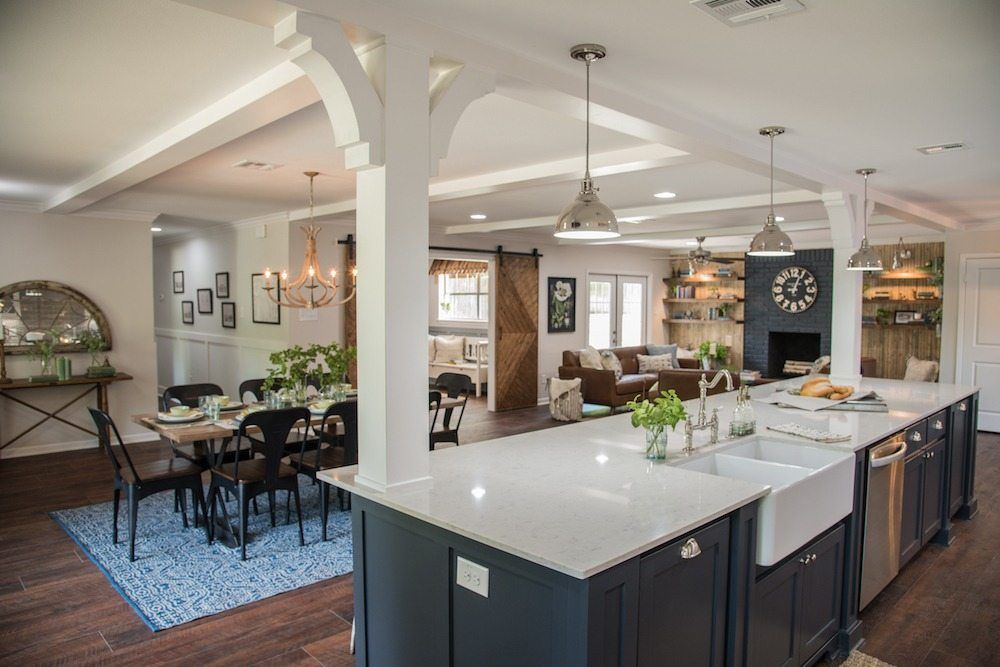 Open Concept Kitchen, Dining and Living Room - Palette Pro ...