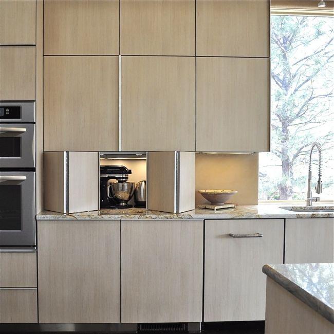20 Ideen Wie Man Die Elektrogerate In Der Kuchenzeile Verstecken Kann Kuche Einrichten Moderne Kuche Wohnung Kuche