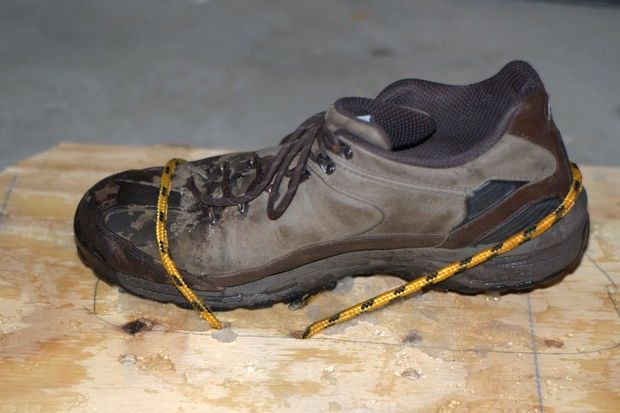 This functional snowshoe provides superior protection from the cold with its hydrophobic leather upper that with synthetic Thins late insulation system. http://cleversurvivalist.com/2013/12/16/how-to-make-your-own-emergency-homemade-snowshoes-for-survival/