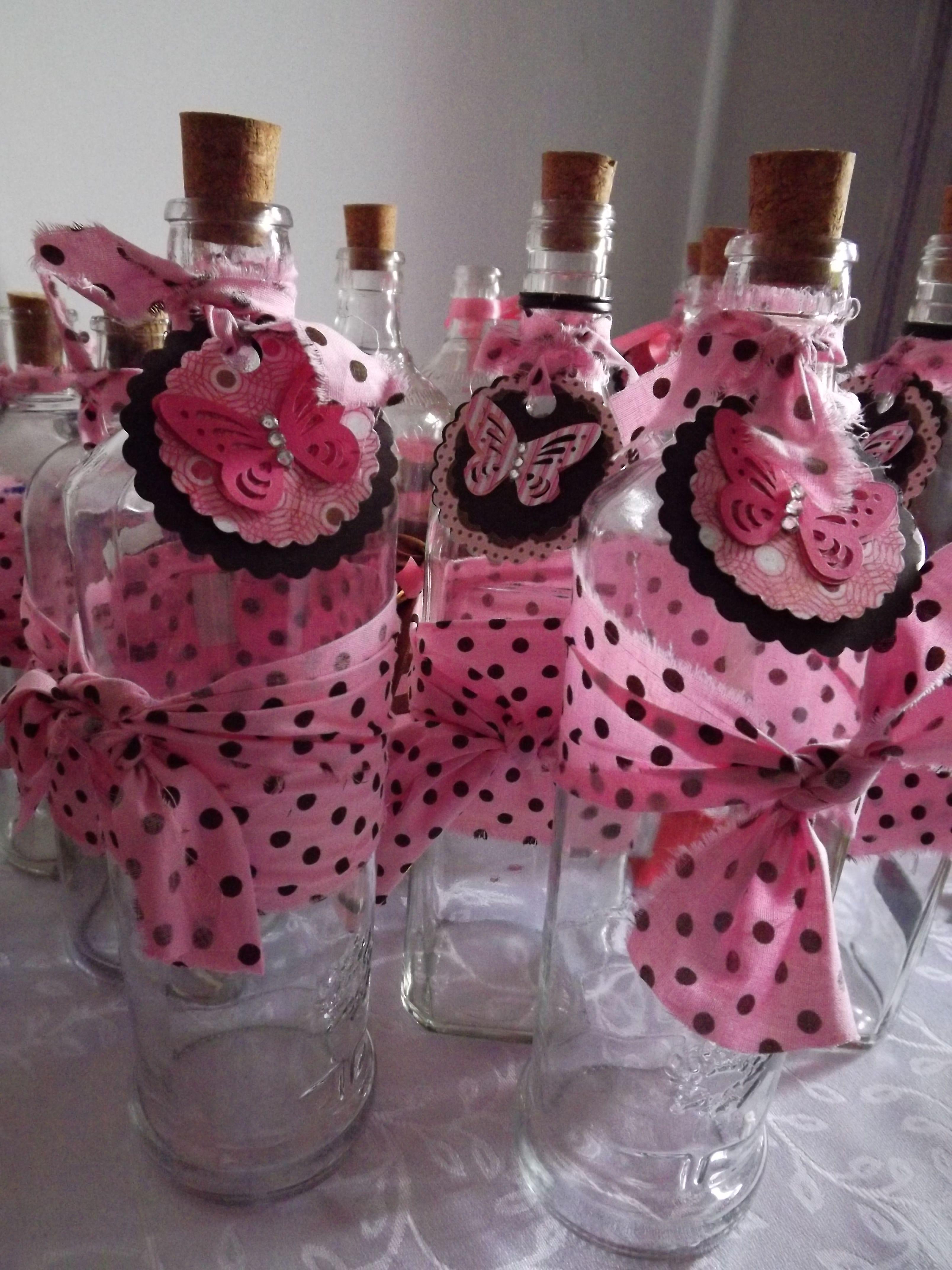 Garrafas na decoraç u00e3o de festas infantis Garrafas ,vidros Pinterest Alice -> Decoração De Festa Com Garrafa Pet