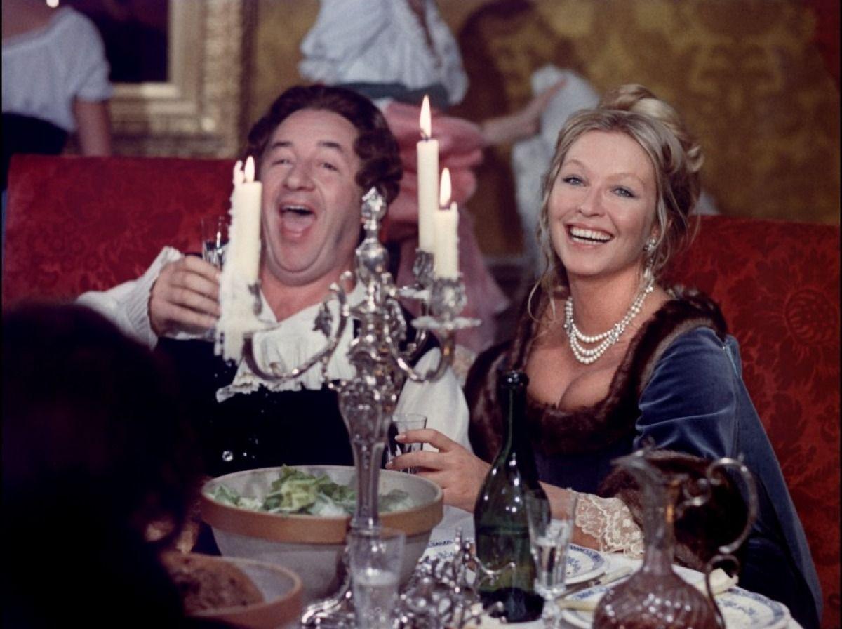 Que La Fete Commence Bertrand Tavernier 1975 Fete Cinema Francais Actrice Francaise