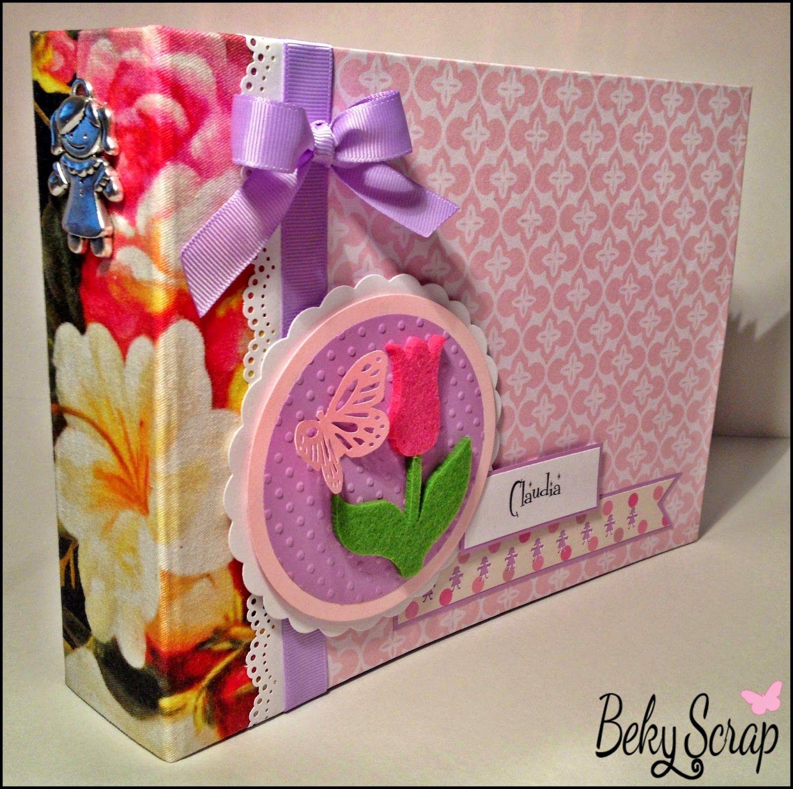Álbum Scrapbooking recién nacido para sesión fotográfica para fotos 15x20 cm / 6 hojas con bolsillos / 24 fotos. Más información bekyscrap@gmail.com