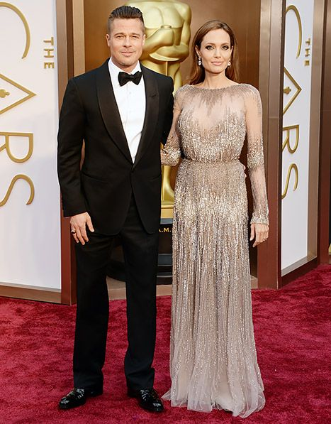 Brangelina S Back Angelina Jolie Brad Pitt Walk Red Carpet At Oscars Nice Dresses Red Carpet Dresses Red Carpet Fashion