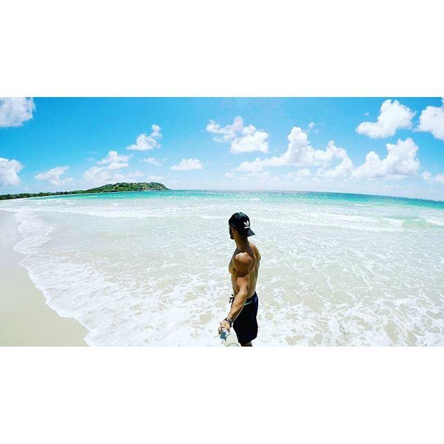 #WeLike! #Madinina vue par @sdorwlingcarter repost via Instagram :  If I AM A LEGEND  were shot into the Caribbean   http://buff.ly/1X5PFSn