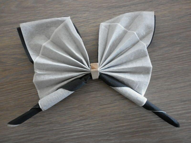 bildergebnis fr pliage serviette 2 couleur - Pliage De Serviette En Papier Avec Deux Couleurs