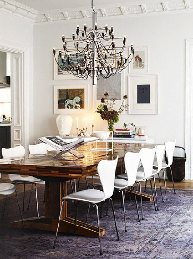 Tour The Most Beautiful Townhouses With Modern Eclectic Style Dining Room Decor Modern Dining Dining Room Inspiration