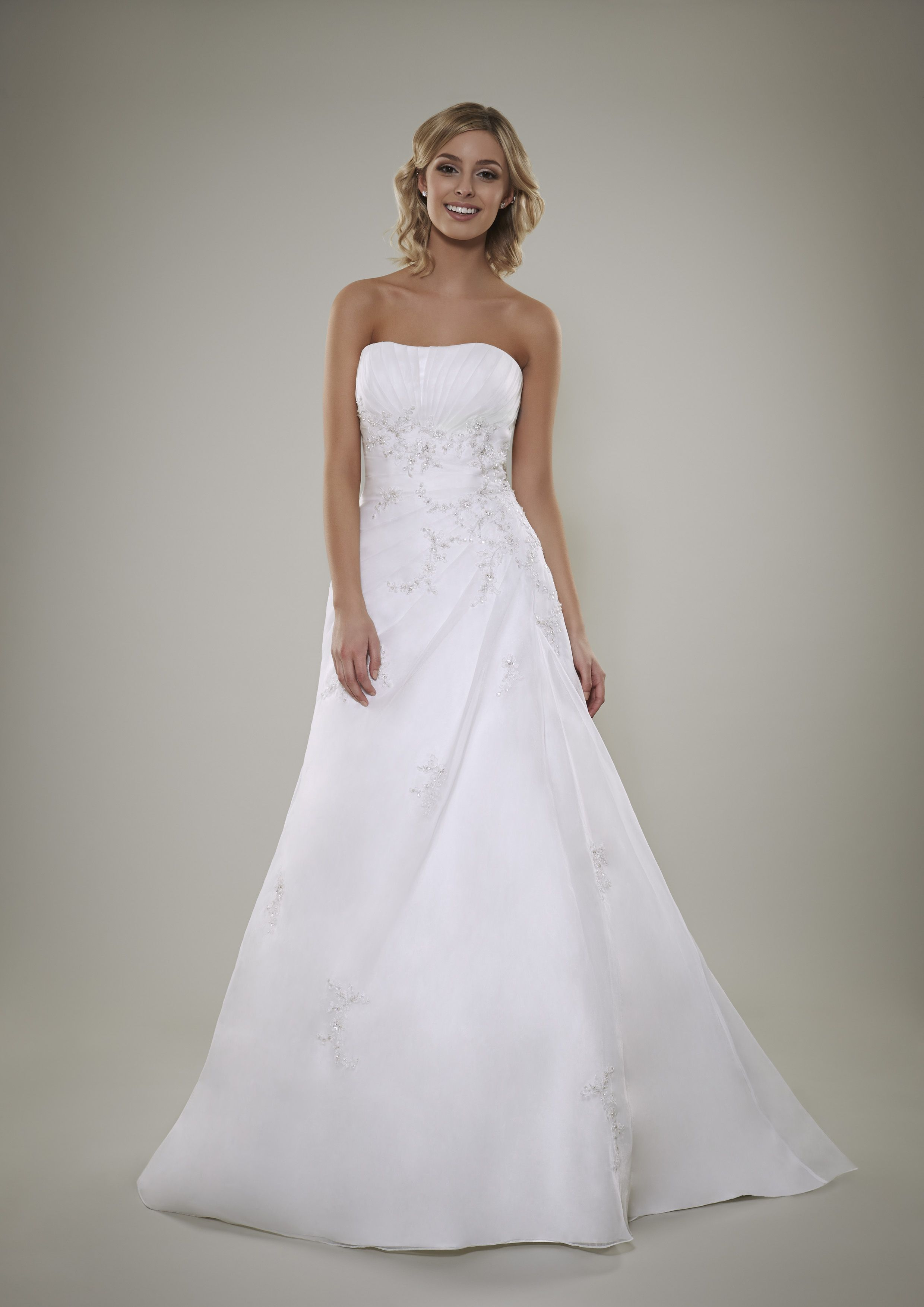 Candas from romantica of devon pb brudekjoler pinterest envious bridal is a glasgow based bridal store that stocks some of the worlds most renowned wedding dress designers were now a leading bridal shop in ombrellifo Gallery