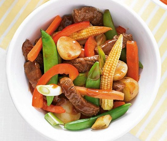 Beef stir-fry with barbecue sauce