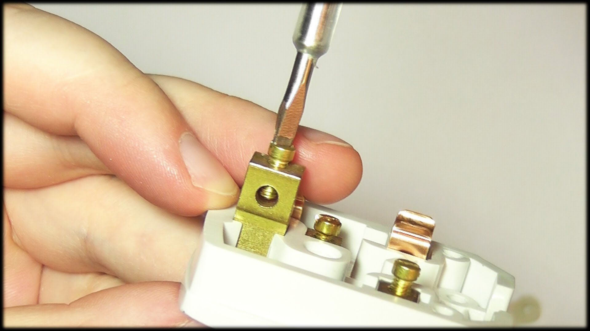 DIY Project in Focus – How to wire a plug http://www.eurofitdirect ...