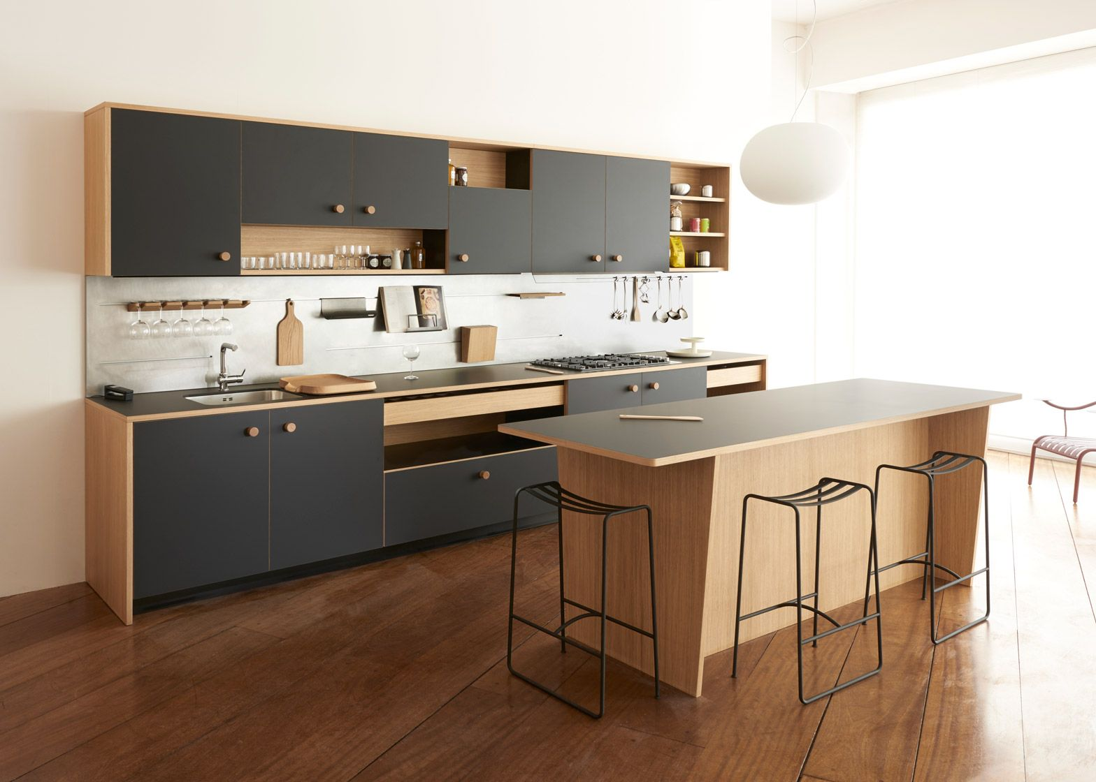 Küche interieur farbschemata jasper morrison reveals first kitchen design for schiffini  laminat