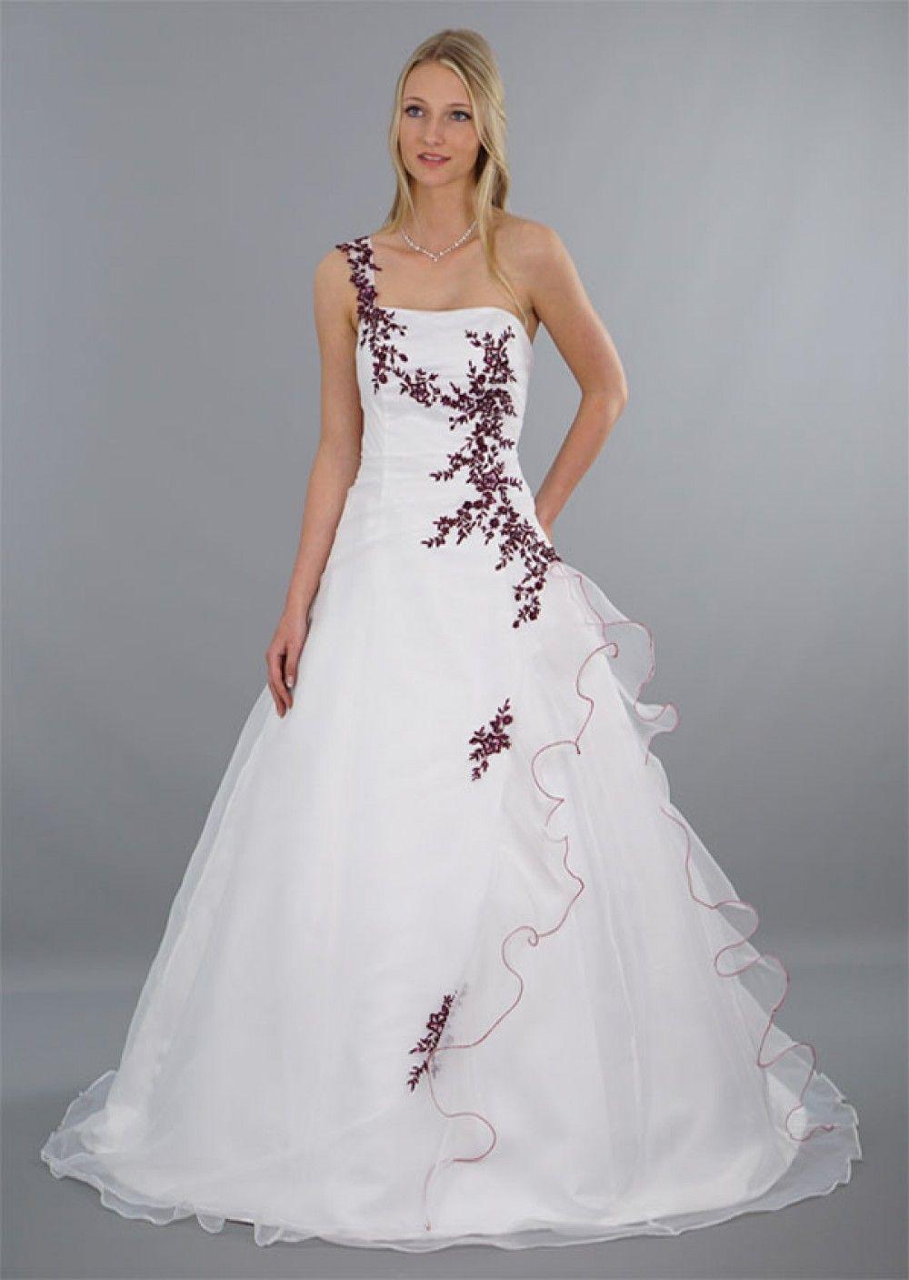 Brautkleid Modell Lilly - rot bestickt  Hochzeitskleid
