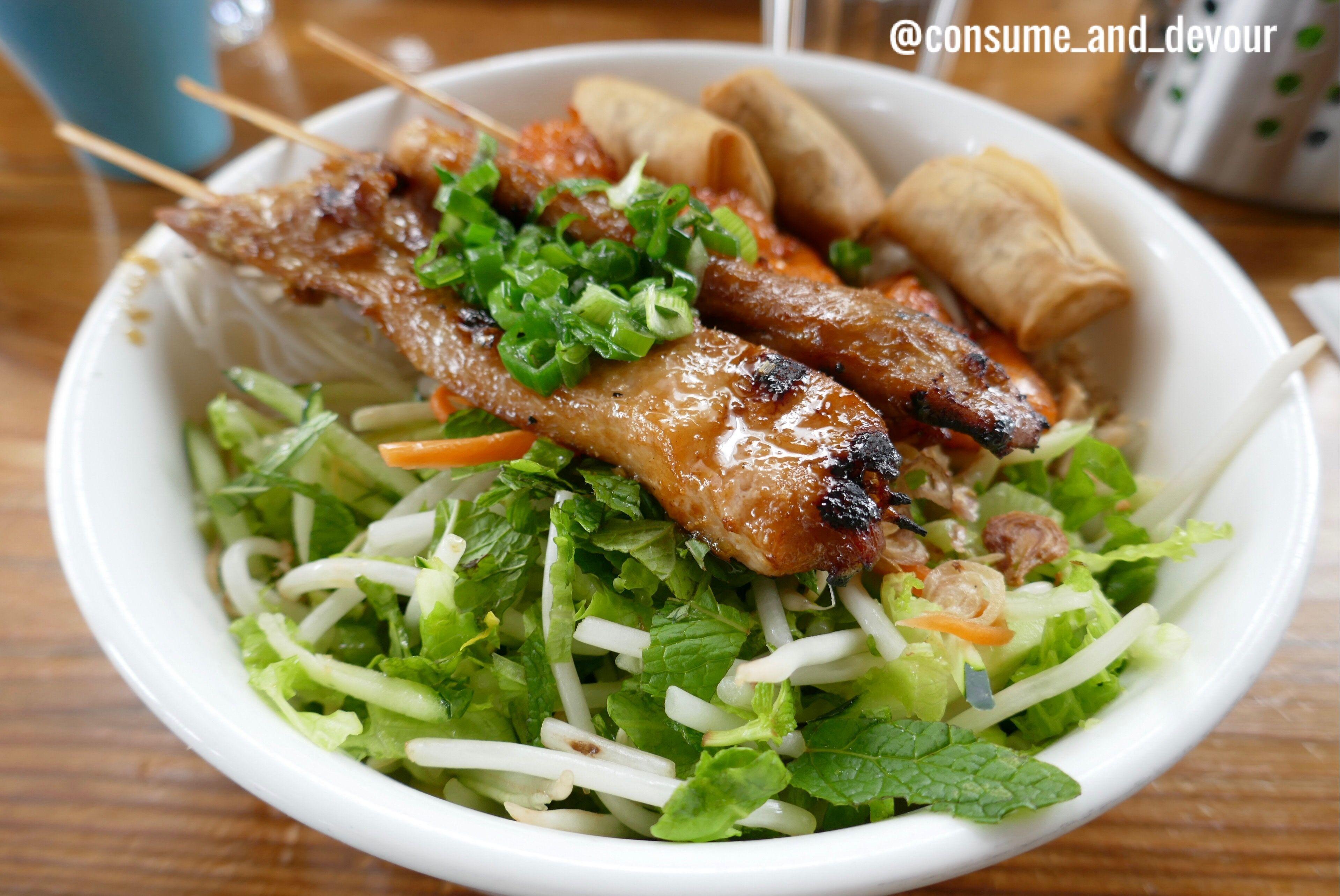 Delicious asian cuisine vermicelli bowl heaven consume