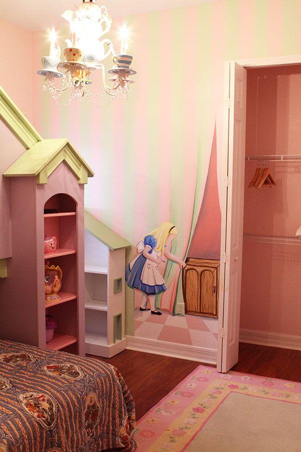 Alica In Wonderland Mural And Teacup Chandelier Alice In Wonderland Room Alice In Wonderland Bedroom Girl Room