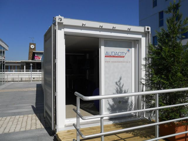 Captivating Container 40 Ft ( 25m2 ) Habitable   Maison Container