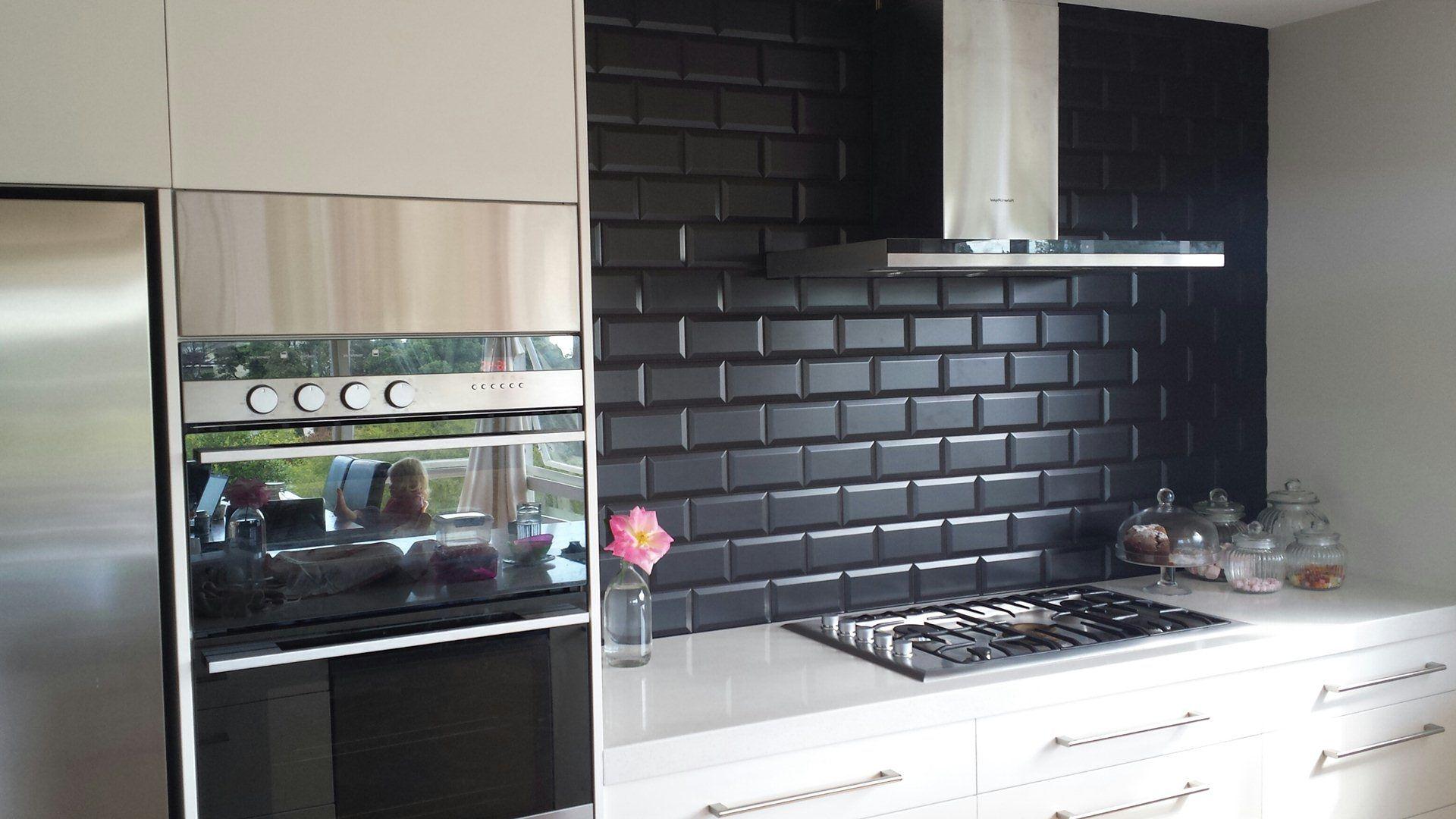 6 Outstanding Kitchen Backsplash Ideas That Make You Feel Like A