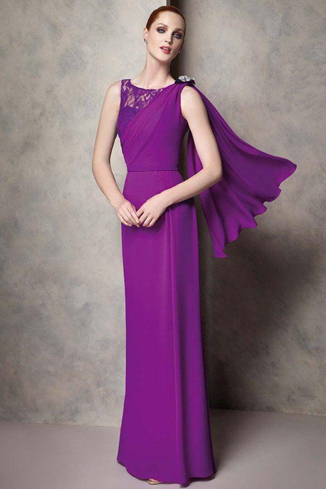 Vestido de fiesta largo realizado en gasa y encaje, disponible en ...