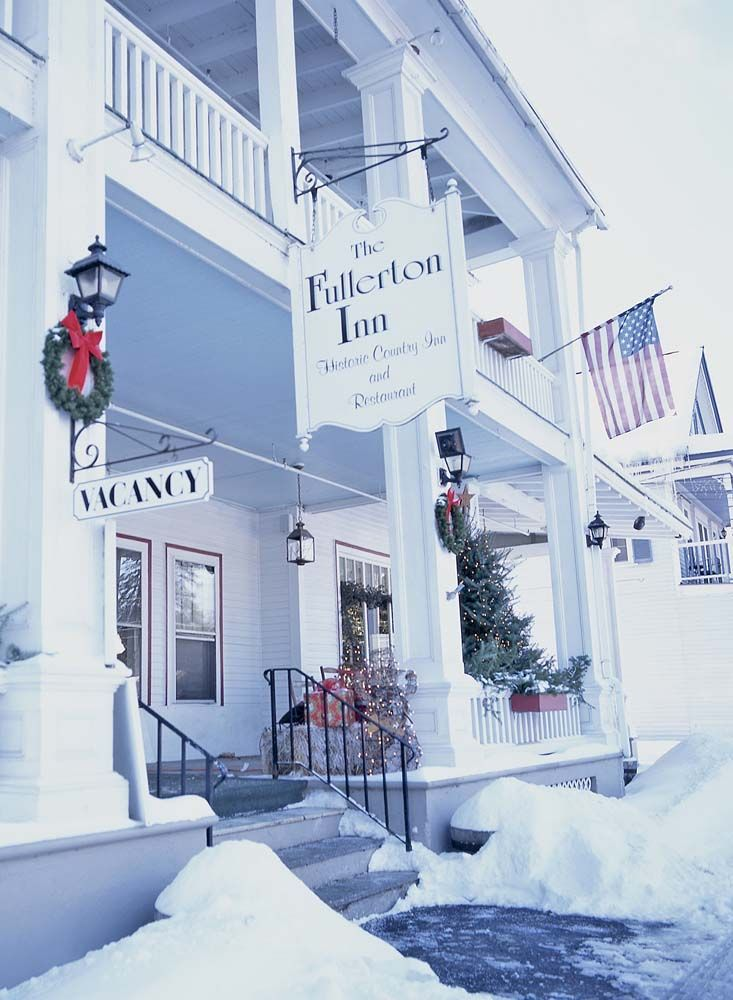 christmas store in manchester vt
